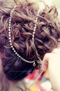 A shot of hair for titanic wedding - based off Rose's hair from Titanic. Titanic Prom, Titanic Wedding, Boho Hairstyles, Wedding Hairstyles, Hair Inspo, Hair Inspiration, Wedding Inspiration, Wedding With Kids, Wedding Ideas