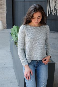 Just Nicole Long Sleeve Knitting pattern by Kate Oates Stitch Patterns, Knitting Patterns, Sweater Patterns, Knitting Ideas, Crochet Needles, Knit Crochet, Body Types, Cap Sleeves, Pullover Sweaters