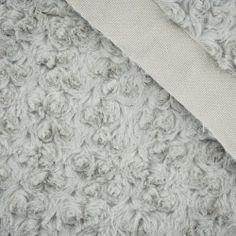 Futerko/minky róże - beżowe #dresówka#dzianina#new#fabric#materials#shop#dresowkapl#pasmanteria#jesienzima2017 #autumnwinter2017#materiały#nowości#dresówkapl#fabrics#minky#plush