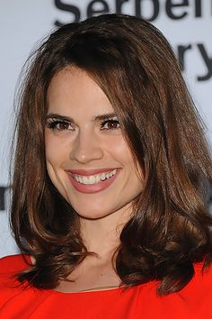 Hayley Atwell. When I first looked at this I thought it was Billie Piper. STRIKING RESEMBLANCE!!!!
