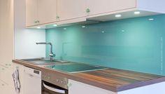 Trendfarben Küche, Trendfarbe türkis, Trendfarbe grün, Trendfarbe smaragdgrün, Farbe Küche lebendig, strahlend
