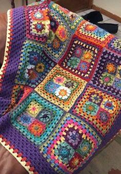 Crochet Afghans, Crochet Blanket Border, Crochet Squares Afghan, Patchwork Blanket, Crochet Square Patterns, Granny Square Blanket, Crochet Quilt, Easy Knitting Patterns, Crochet Blanket Patterns