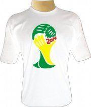 Festeje o Dia Nacional do Futebol com Camisetas da Hora : Dia 19 de julho se comemora o Dia Nacional do Futebol. Aproveite a data para estampar sua paixão pelo esporte com uma camiseta exclusiva, criativa e moderna da Camiseta da Hora .    São várias opções de cores, estampas e modelos para você escolher a que mais tem o seu estilo.    A Copa de 2014 acontece no Brasil, então já garanta uma camiseta para torcer pelo seu país com Camisetas