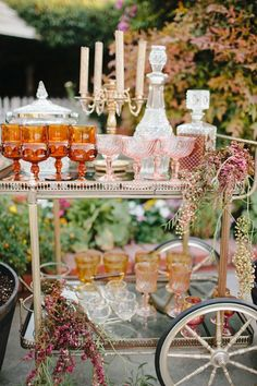 Add a Splash of Color to Your Wedding Tables With These Vintage-Inspired Glasses via Brit + Co Wedding Table Settings, Wedding Tables, Vintage Table Settings, Wedding Mandap, Wedding Receptions, Table Vintage, Retro Table, Summer Wedding Colors, Purple Wedding