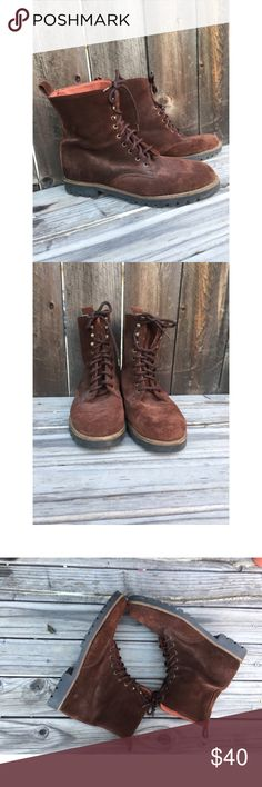 """Andre assous brown suede shoes boots SZ 41 andre assous size 41 Chocolate Brown mid ankle boots  Lace up & hook eye at top """"Desert boot"""" height  Lining is dark orange textile  Outsole has minimal wear other than small white marks andre assous Shoes Chukka Boots"""