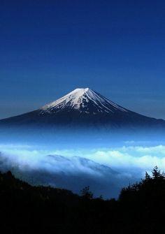 #124: Hike Mount Fuji.