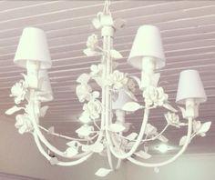Lustre em ferro com flores provençal 5 lampadas