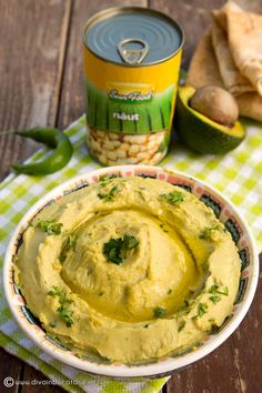 humus-cu-avocado-sun-food-fructe-si-legume Hungarian Recipes, Romanian Recipes, Hummus Beans, Bean Dip Recipes, Dairy Free, Gluten Free, Avocado Hummus, Romanian Food, Hummus Recipe