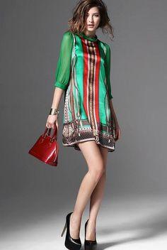 leichtes herbstliches grünes Kleid