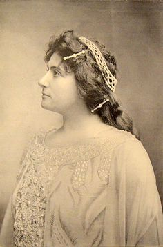 French opera singer Lucienne Breval (circa 1902).