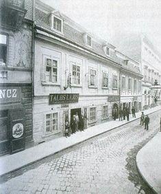 1900 körül. Régiposta utca, Aranykéz fogadó