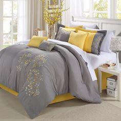 Faites ressortir la beauté de votre chambre avec une literie jaune et gris!