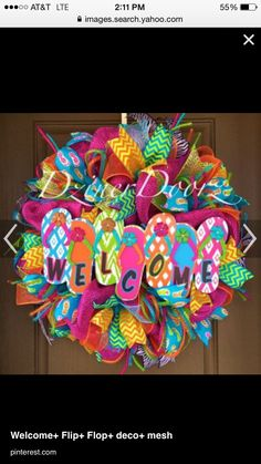 Welcome Flip Flop deco mesh Wreath by Virginia Quilling Wreath Crafts, Diy Wreath, Wreath Making, Wreath Ideas, Easter Wreaths, Holiday Wreaths, Flip Flop Wreaths, Deco Mesh Wreaths, Burlap Wreaths