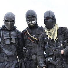 Apocalypsepack.com / black post apocalyptic fashion / cyber / sci fi / LARP / dark future