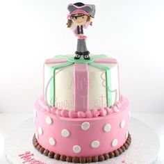 Perfect cake for that pirate princess!