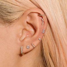 Full Ear Piercings, Ear Peircings, Celebrity Ear Piercings, Kylie Jenner Ear Piercings, Double Piercing, Multiple Ear Piercings, White Gold Diamond Earrings, Diamond Bar, Ear Jewelry