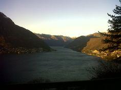 Un ramo del Lago di Como