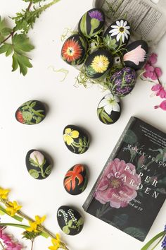 "Hand-painted botanical black Easter eggs inspired by Molly Peacock's book about the 18th century paper artist Mary Delany, ""The Paper Garden"". - thehousethatlarsbuilt.com"