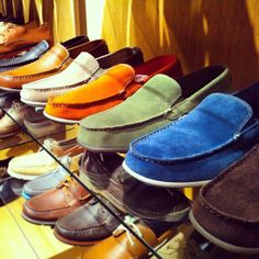 """.@shop6pm got a sneak peek at our Spring/Summer 2014 line! """"#SpringSneakPeek: keep an eye out for @Rockport for #spring 2014 #trends! #FFaNY"""""""
