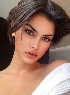 Lovely Eyes, Most Beautiful Faces, Stunning Eyes, Pretty Eyes, Gorgeous Women, Brunette Woman, Brunette Beauty, Woman Face, Girl Face