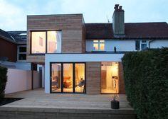 agrandissement de maison moderne design en bois : The Cube