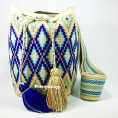 Next Stop China! #Mochila #Wayuu #Eliwayuubags #Arte #tradición & #color #wayuubags #wayúu #gift #trends #autumn #craft #etsy #perfect #handmade #crochet #fashion #art #love #adiction #design #woman #entrepreneur #photooftheday #internationalshipping Whatsapp: +573006388348 #followback #entrepreneur #startup #onlinebusiness