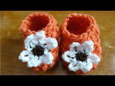 Meladoras Creations   Glover Stitch Newborn Baby Booties