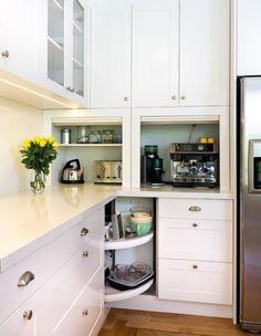 elektrogeräte küchenzeile ecke faltbare türen schrank