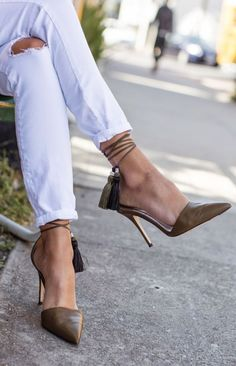 Laced Mules...I'd slow down to shoot the breeze with her...curiosity, that's all