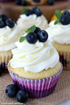 Blueberry Lemon Cupcakes with Cream Cheese Frosting - Cupcake Recipes - Cupcake Fimo, Baking Cupcakes, Cupcake Cakes, Bundt Cakes, Layer Cakes, Frosting Recipes, Cupcake Recipes, Dessert Recipes, Spring Desserts