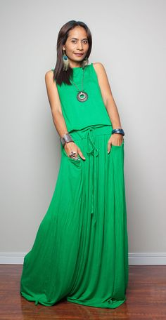 Love this!!!! Green Maxi Dress Sleeveless dress Autumn Thrills by Nuichan, $59.00