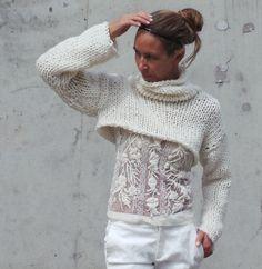 Ivory white chunky cropped sweater shrug / snug shrug / by ileaiye, $115.00
