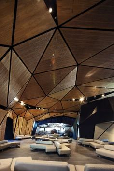Beautiful acoustical solution at prefunction area Ceiling Design, Wall Design, Architecture Details, Interior Architecture, Acoustic Architecture, Hd House, Acoustic Wall Panels, Sound Room, Studio Build