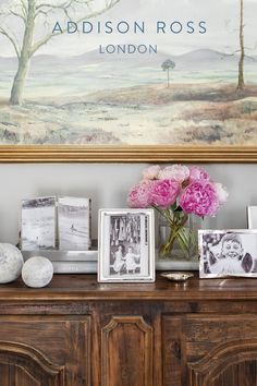 Imagine giving a birthday gift you were sure she'd like - well look no further! Frame a beautiful memory, fill a vase of flowers and you have the perfect gift. Our frames are high quality and ensure she will feel spoilt on her special day. #birthdaygifts #giftsforher #luxuryphotoframes #silverframes Gift Boxes Uk, Flower Vases, Flowers, Silver Frames, Jewellery Boxes, Grey And Gold, Birthday Gifts For Her, Free Prints, Hostess Gifts
