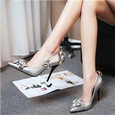 Shoespie Sliver Flower Appliqued Stiletto Heels