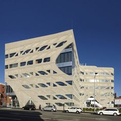 Menzies Research Building   University of Tasmania, Australia   Lyons