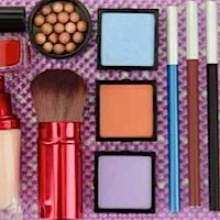 Living Blind A website which helps blind and visually impaired girls choose and apply flattering cosmetics independently. Visually Impaired Activities, Multiple Disabilities, Adaptive Equipment, Eyes On The Prize, Visual Aids, Emotional Development, How To Apply Makeup, Occupational Therapy, Teaching Tools