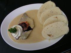 Sirloin in cream sauce - svíčkova omáčka na smetaně :: CookCzech Main Menu, Root Vegetables, Winter Food, Bacon, Food And Drink, Favorite Recipes, Beef, Stuffed Peppers