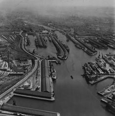 Queen's Dock and Yorkhill Quay, Glasgow. Oblique aerial photograph taken facing south-east. This image has been produced from a print. The Gorbals, Glasgow Scotland, Old Photos, Buildings, Photographs, Lost, Street, City, Pictures