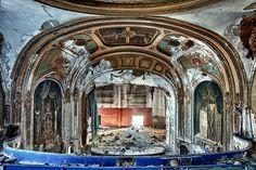 Eastown Proscenium