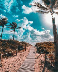 South Beach, Miami by - Summer Vibes South Beach Miami, Miami Florida, Florida Keys, Beautiful World, Beautiful Places, Beautiful Beach, Pretty Beach, Beautiful Scenery, Way To Heaven