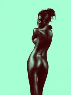 Nude color dynamics on Photography Served