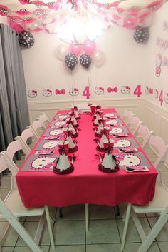 Hello Kitty Birthday Party table!  See more party ideas at CatchMyParty.com!