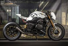 The mad crew at VTR Customs prove that there's an undercurrent of beautiful craziness running through the alps. Maybe it's in the mountain water. But the end result of this rich vein of madness are bikes like this - a NOS powered BMW R1200R racer dubbed 'Veneno Blanco' - Spanish for 'White Poison'..., http://www.pipeburn.com/home/2018/05/04/bmw-r1200r-racer.html