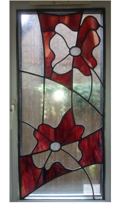 Like the 'half and half' effect with the colour/clear – Orchid Stained G… – Verre et de vitrailes Stained Glass Flowers, Stained Glass Designs, Stained Glass Projects, Stained Glass Patterns, Stained Glass Art, Mosaic Glass, Mosaic Windows, Tiffany, Leaded Glass