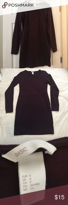 Maroon H&M Cotton Dress Long sleeve, maroon cotton dress from H&M never worn. 95% cotton, 5% elastic H&M Dresses Long Sleeve