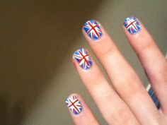Need to do my nails like this.  NEED.