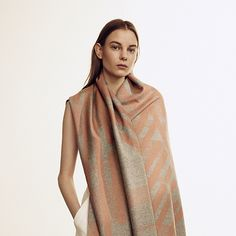 Michelle Jezierski x Front Row Society jacquard woven merino stole featured in our Fall ´16 campaign.