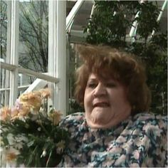 Keeping Up Appearances British Tv Comedies, British Comedy, British Actors, Comedy Tv, Funny Comedy, Funny Sitcoms, English Comedy, My Babysitter, Bbc Tv Shows