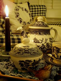 Blue Willow China, a Blue and White Bedroom and a Cozy Book for the Winter House
